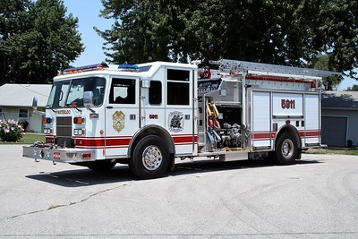 WATERLOO ENGINE 5911   2000 PIERCE SABER  1250-1000   #11503