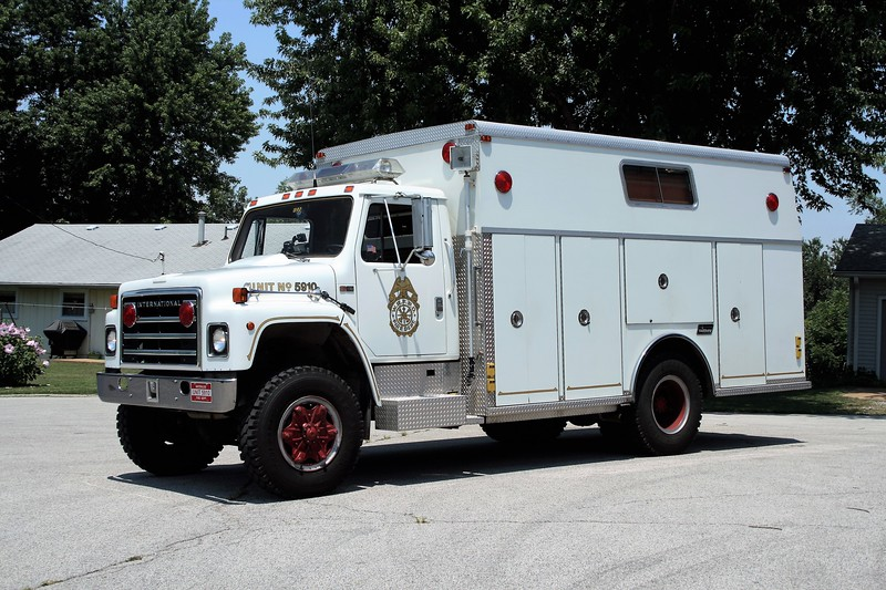 WATERLOO  RESCUE 5910  1985  IHC S1900 - SAULSBURY