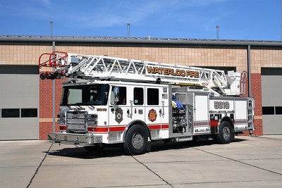 WATERLOO LADDER 5919   2017 PIERCE DASH CF  2000-500-107' ACENDANT   #30256