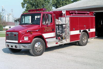 FARMERSVILLE  ENGINE 1  FREIGHTLINER FL80 - PIERCE