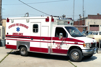LITCHFIELD FD  AMBULANCE 1-L-26   1992 FORD E350 - TAYLOR MADE
