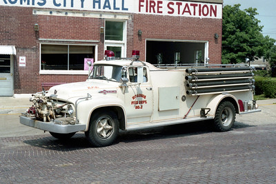 NOKOMIS ENGINE 2  FORD F700 - HOWE
