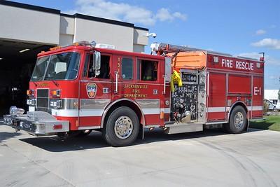 JACKSONVILLE ENGINE 1311  1999 PIERCE SABER  1250-750  EC-286    BILL FRICKER PHOTO