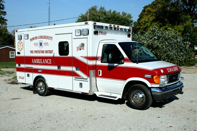 DOWNS COMMUNITY FPD  AMBULANCE 3- NORA- 60  2005 FORD E-450 - MEDTEC