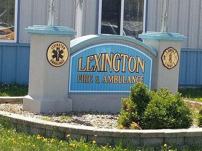 LEXINGTON FPD STATION SIGN   BILL NOVAK PHOTO