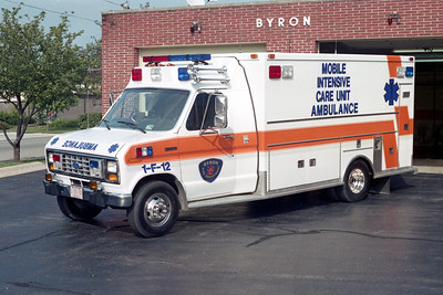 BYRON FPD  AMBULANCE 1-F-12  1991  FORD E350 - MEDTEC