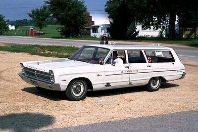 LEAF RIVER CAR 2490  1965 PLYMOUTH