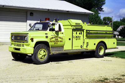 ENGINE 9  CHEVY C70 - BEAN
