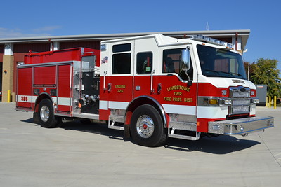 LIMESTONE FPD  ENGINE 326  2016 PIERCE IMPEL   1500-750-30F  #29610   OFFICERS SIDE   BILL FRICKER PHOTO