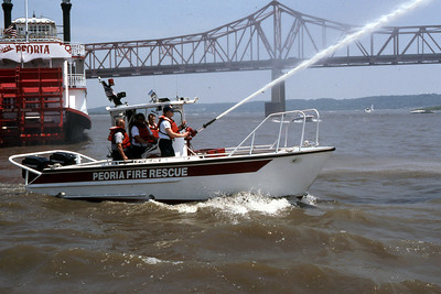 PEORIA FIRE BOAT   1995 THOMAS MARINE  500GPM  RON HEAL PHOTO