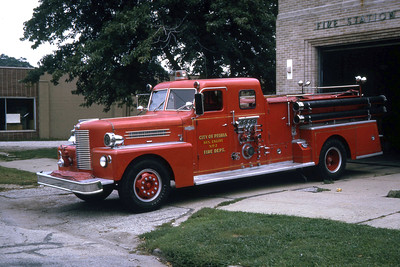 PEORIA  ENGINE   1957 PIRSCH   1000-500   RON HEAL PHOTO