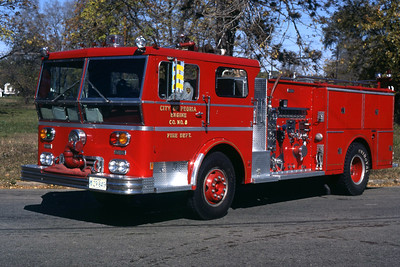 PEORIA  ENGINE 8  1971 WLF  1250-500   RON HEAL PHOTO