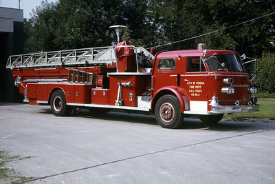 PEORIA  TRUCK 3  1965 ALFCO  100'  RON HEAL PHOTO