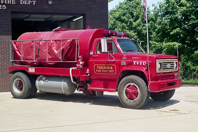 TUSCARORA FPD  TANKER 2  1978  CHEVY C70 - FD BUILT   250-2000  RECHASSIS