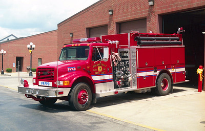 PICKNEYVILLE  ENGINE 49  IHC 4900 - PIERCE