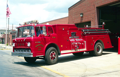 PICKNEYVILLE ENGINE 45  FORD C800 - TOWERS