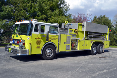 CISCO  ENGINE 6  1982 SPARTAN - E-ONE  1500-3000  #2704    BILL FRICKER PHOTO