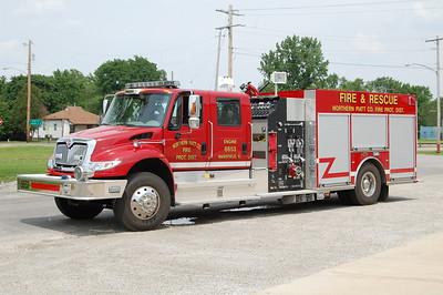 NORTHERN PIATT  ENGINE 8653  2009 IHC 4900 - KME  1500-1000-10F  #7225     BILL FRICKER PHOTO