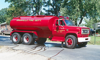 GRANVILLE TANKER 2516  CHEVY C60 -