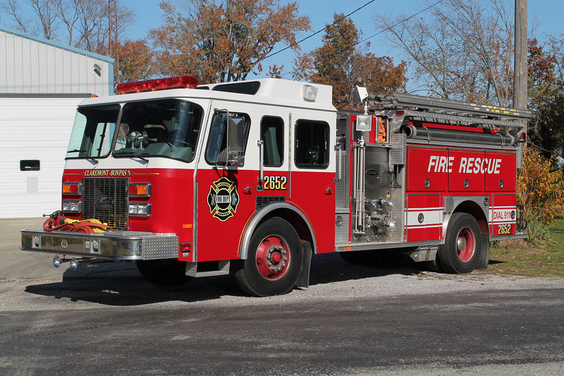 ENGINE 2652<br /> 1992 E-ONE CYCLONE<br /> 1250-1000<br /> <br /> X-MILTON FIRE DISTRICT 1 - ROCK CITY FALLS,NY<br /> <br /> FRANK WEGLOSKI PHOTO