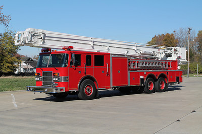 SNORKEL 1659 1998 PIERCE DASH 85' X-U-CREST FIRE DISTRICT 4 CHEEKTOWAGA,NY  FRANK WEGLOSKI PHOTO