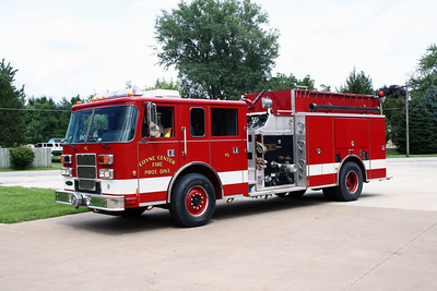 COYNE CENTER  ENGINE 1  2000 PIERCE SABER  1000-1500   #11069