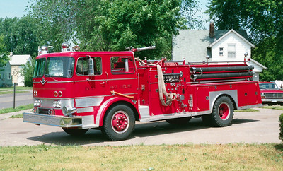 EAST MOLINE ENGINE 1  IHC -