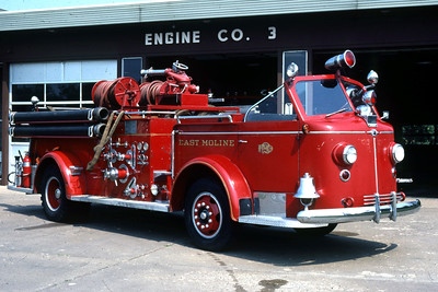 EAST MOLINE  ENGINE 2  1947 ALFCO 700    1000-0      RON HEAL PHOTO