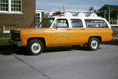 MOLINE COMMAND CAR  1973 CHEVY   RON HEAL PHOTO