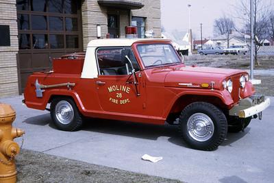 MOLINE BRUSH TRUCK  1970 JEEP  500-160   RON HEAL PHOTO