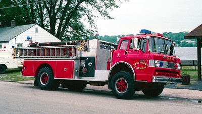 PORT BYRON  ENGINE 3  FORD C - PIERCE  OFFICERS SIDE