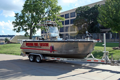 ARSENAL  FIRE BOAT