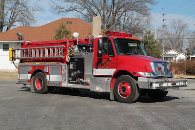 Carrier Mills IL ENGINE 353  2002 IHC 4400 - PIERCE  1250-1000    FRANK WEGLOSKI PHOTO