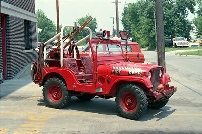 HARRISBURG FD  BRUSH TRUCK  JEEP