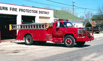AUBURN FPD  ENGINE 4  1977  CHEVY C65 - TOWERS   750-750