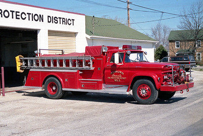 AUBURN FPD  ENGINE 3  1961  CHEVY - TOWERS   500-1000