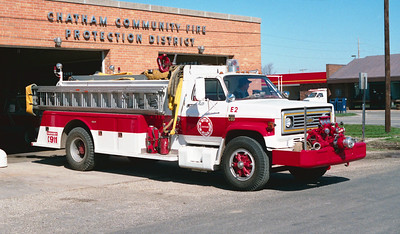 CHATHAM  ENGINE 2  CHEVY C65 - TOWERS