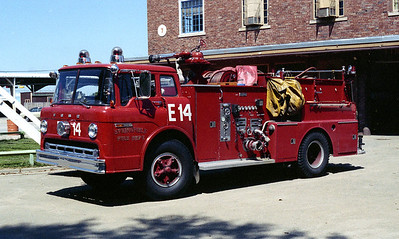 SPRINGFIELD  ENGINE 14  FORD C800 - WLF