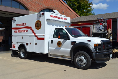 SPRINGFIELD FD  RESCUE 2  2007 FORD F550 - KNAPHEIDE   BILL FRICKER PHOTO