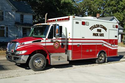 TOULON COMMUNITY FPD   RESCUE 4  IHC 4300 - MEDTEC    BILL FRICKER PHOTO
