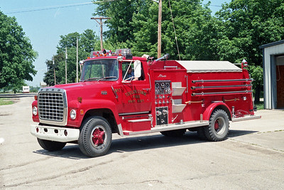 TOULON COMMUNITY FPD  ENGINE  7  1977  FORD L900 - ALEXIS   500-1250   #1170