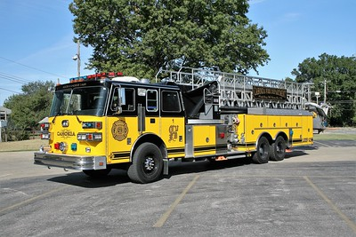 CAHOKIA TOWER 1429    1990 SUTPHEN  1500-300-100'  HS-2456   X- ROMBOUT FIRE DISTRICT - FISHKILL,NY  REPAINTED
