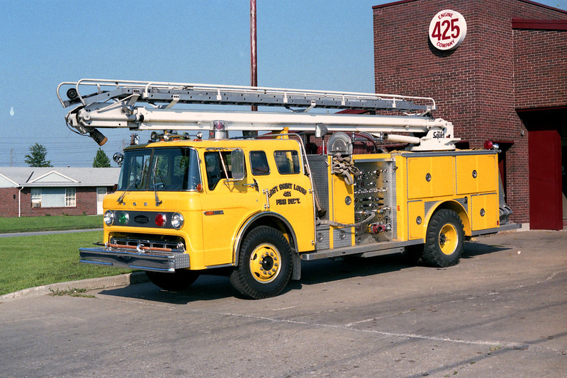 EAST ST LOUIS  ENGINE 425  FORD C - E-ONE