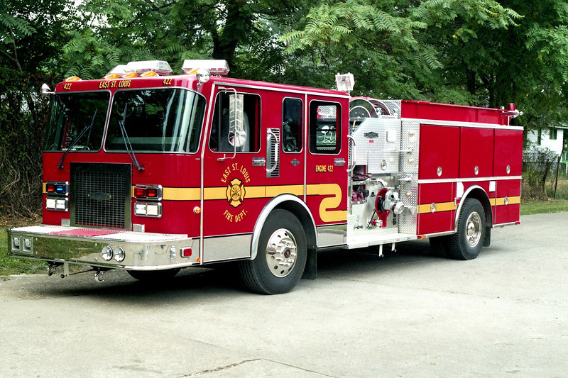 EAST ST LOUIS  ENGINE 422  SPARTAN