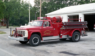 FAYETTEVILLE  ENGINE  FORD F700 -