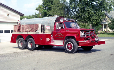 FREEBURG FPD   TANKER 238   1981 GMC - TOWERS   1000-2500    #1885