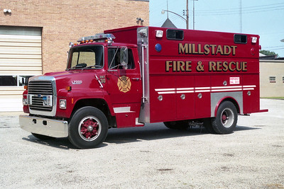 MILLSTADT UNION FPD  RESCUE 30  1990  FORD L-8000 - TOWERS   #1929