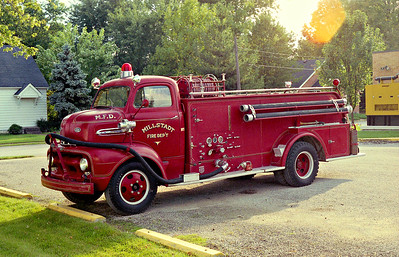 MILLSTADT UNION FPD  ENGINE 35  1951  FORD F6 - CENTRAL ST LOUIS   500-300