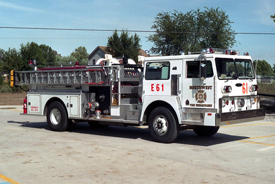 NORTHWEST FD  ENGINE 61  1980 HENDRICKSON 1871 - PIERCE  1000-750  (E-0696-A)