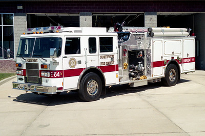 NORTHWEST FPD  ENGINE 64   2001  PIERCE SABER   1250-1000